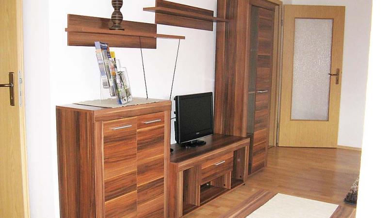 Wohnzimmeranrichte mit TV